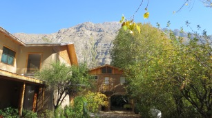 La montaña que cobija la casa